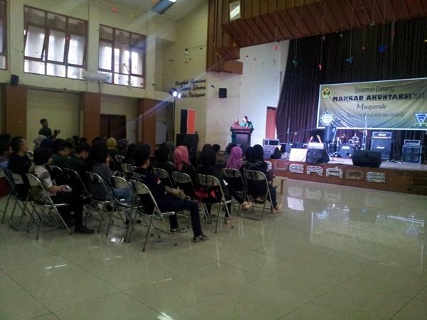 Suasana Makrab Akuntansi di aula Unpas Tamansari pada 7 Februari 2015. (Rifqi Faizal/JUMPAONLINE)